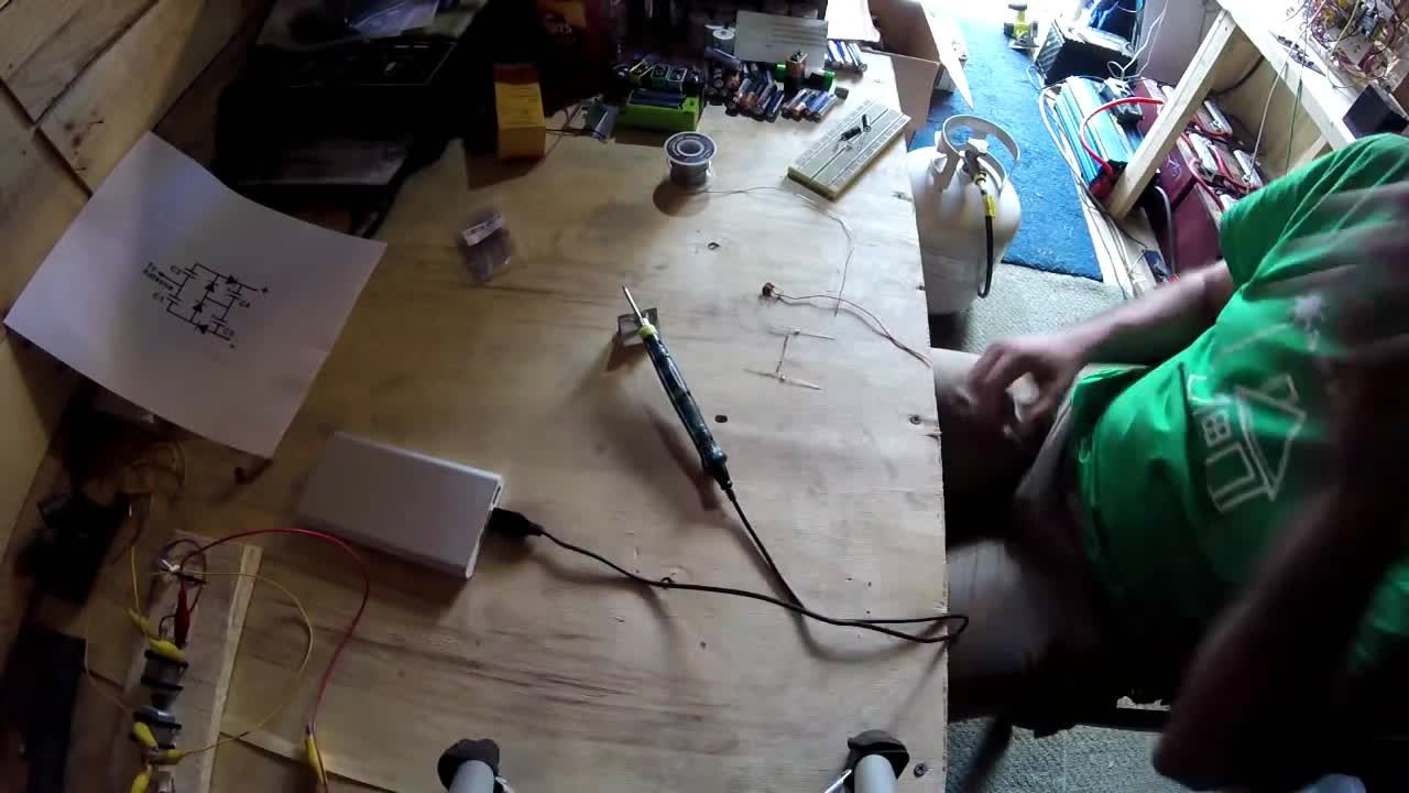 Amazing Little USB Powered Soldering Iron Outperforms Larger Irons