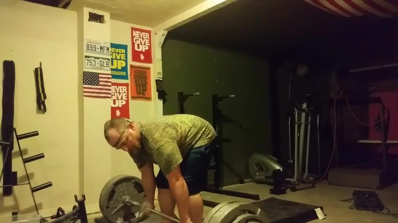 500lbs for 3 reps